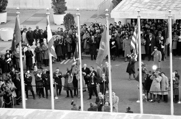 Bendera ya Zanzibar ikipandishwa Makao Makuu ya Umoja wa Mataifa 10-12-1963