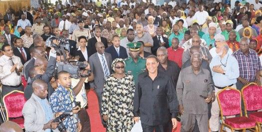 Rais Jakaya Kikwete akiondoka kutoka katika mkutano wake na wazee Mjini Dodoma