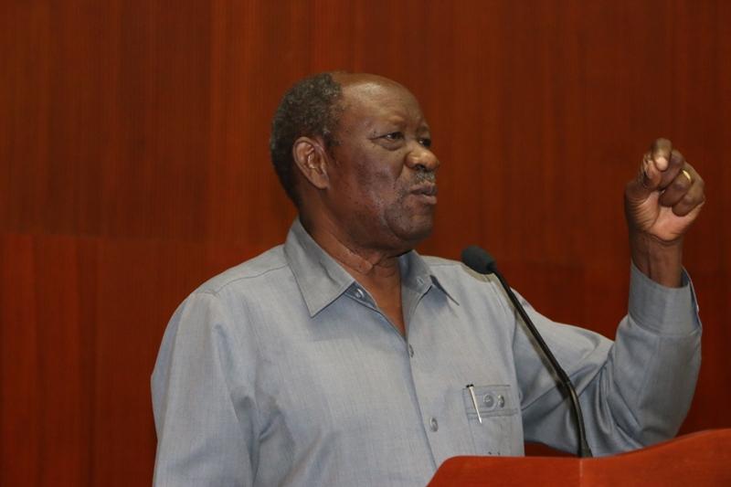 Mkurugenzi Mtendaji wa Taasisi ya Mwalimu Nyerere, Mzee Joseph Butiku